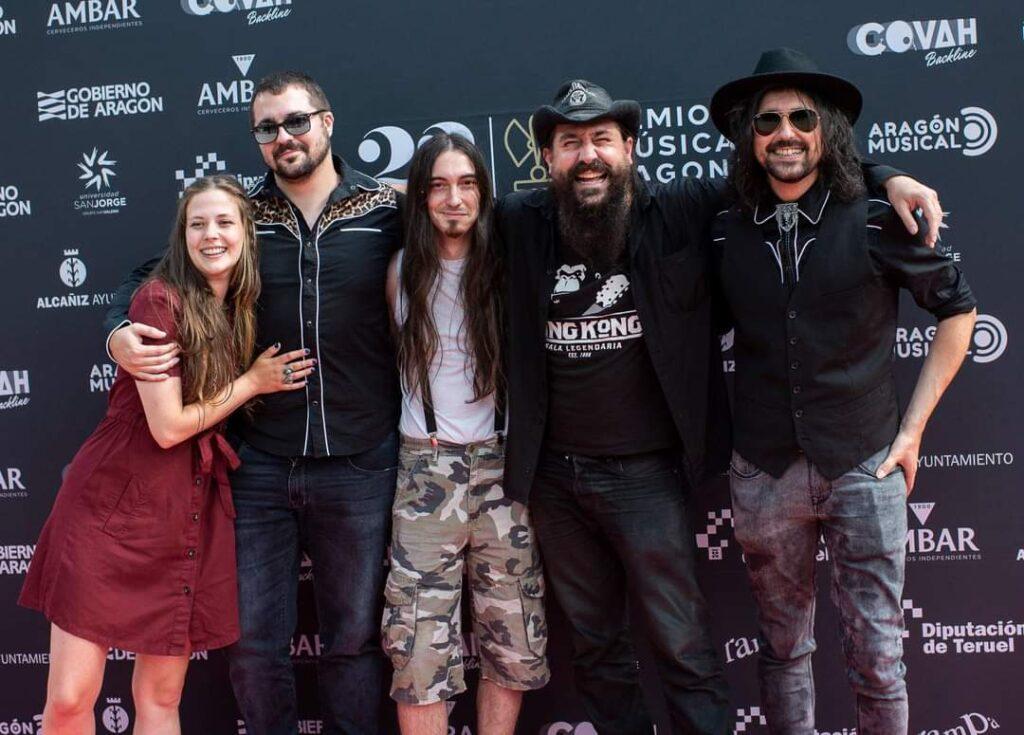 Mejor portada aragonesa 2020. Premios de la música aragonesa. Los Drunken Cowboys & Julsen Moos